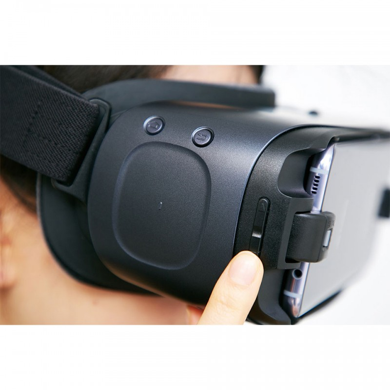 Samsung Gear VR with Controller (SM-R324) 5